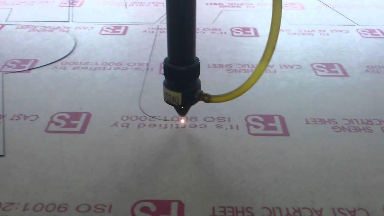 dịch vụ cắt laser mica giá rẻ tại tphcm