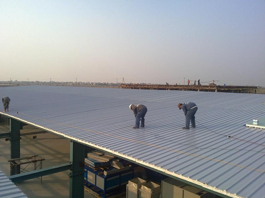 Xưởng sản xuất lợp mái chống nóng bằng tấm Anderon